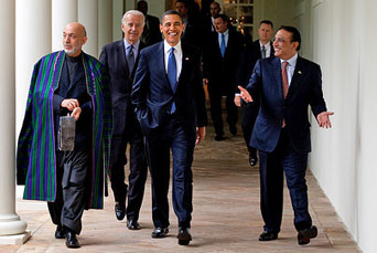 Hamid Karzai, President of the Islamic Republic of Afghanistan, U.S. President Barack Obama and Pakistani President Asif Ali Zardari