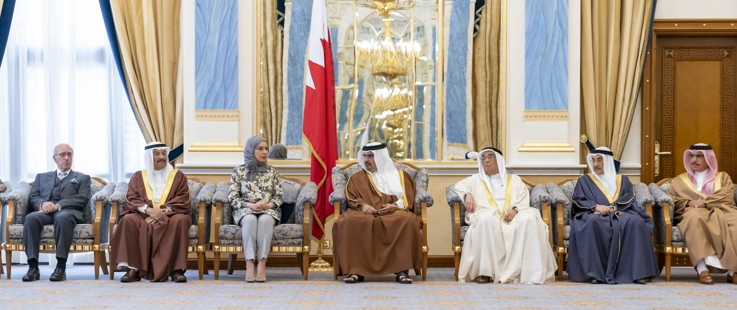 HRH the Crown Prince receives senior officials and members of the Council of Representatives and Shura Council.