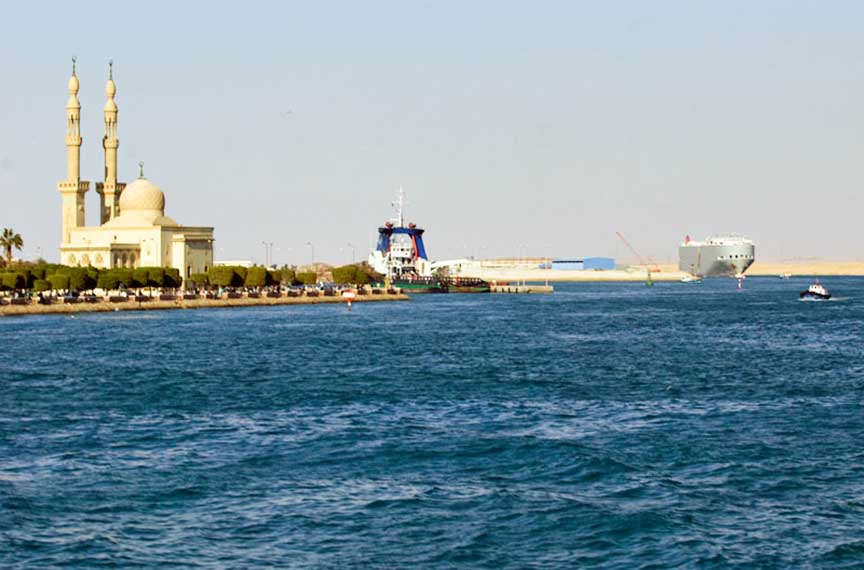 the suez canal in egypt was Find airports near suez, egypt see the closest major airports on a map, as well as smaller local airports.