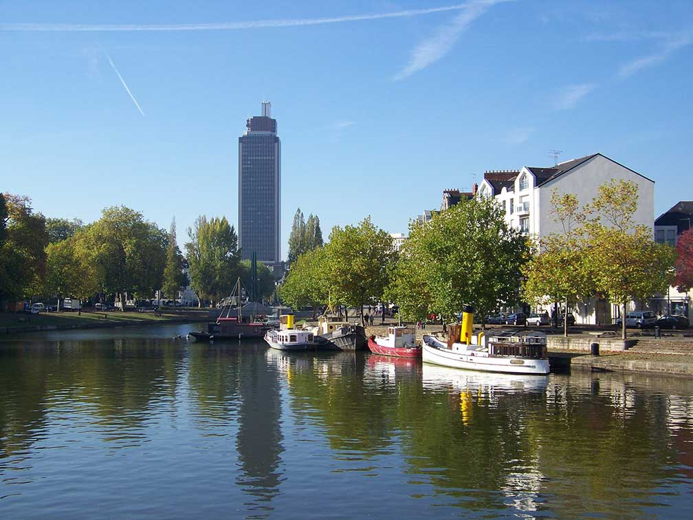 Erdre river and Tour Bretagne (Bretagne tower), Nantes, France