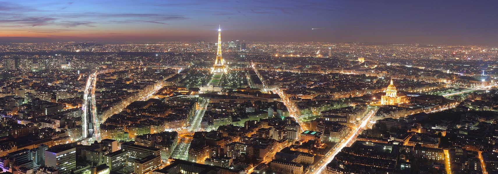 famous landmarks satellite view of the eiffel tower paris france