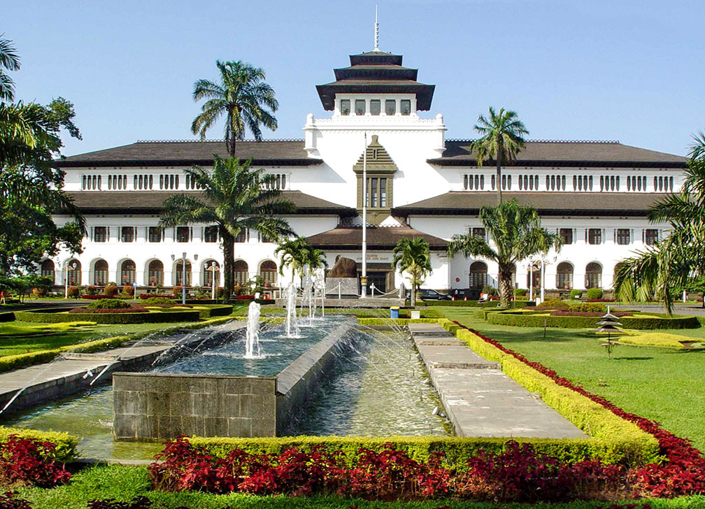 Google map of bandung indonesia nations online project about bandung sciox Gallery