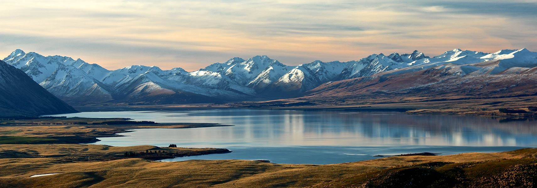 Lake Tekapo, and Southern Alps, South Island, New Zealand