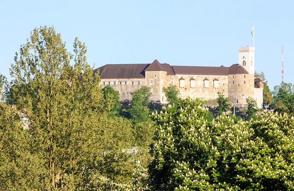 Ljubljana Castle (Burg Laibach) seen from Tivolipark