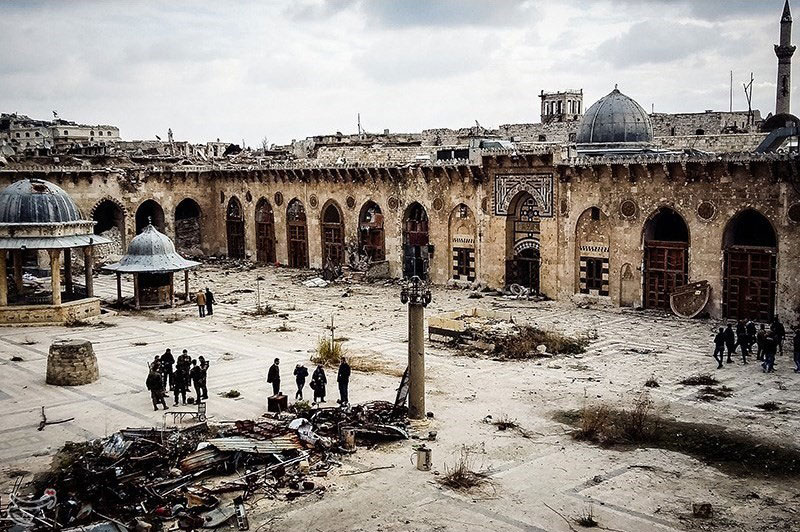 Courtyard of the Great Mosque of Aleppo in December 2016