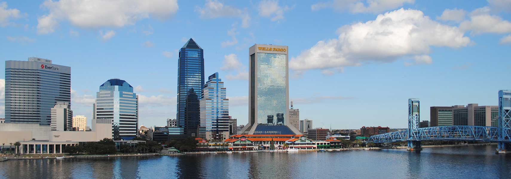 Skyline Jacksonville, Florida with EverBank Center, Jacksonville Landing, SunTrust Tower, Bank of America Tower, Wells Fargo Center and Main Street Bridge