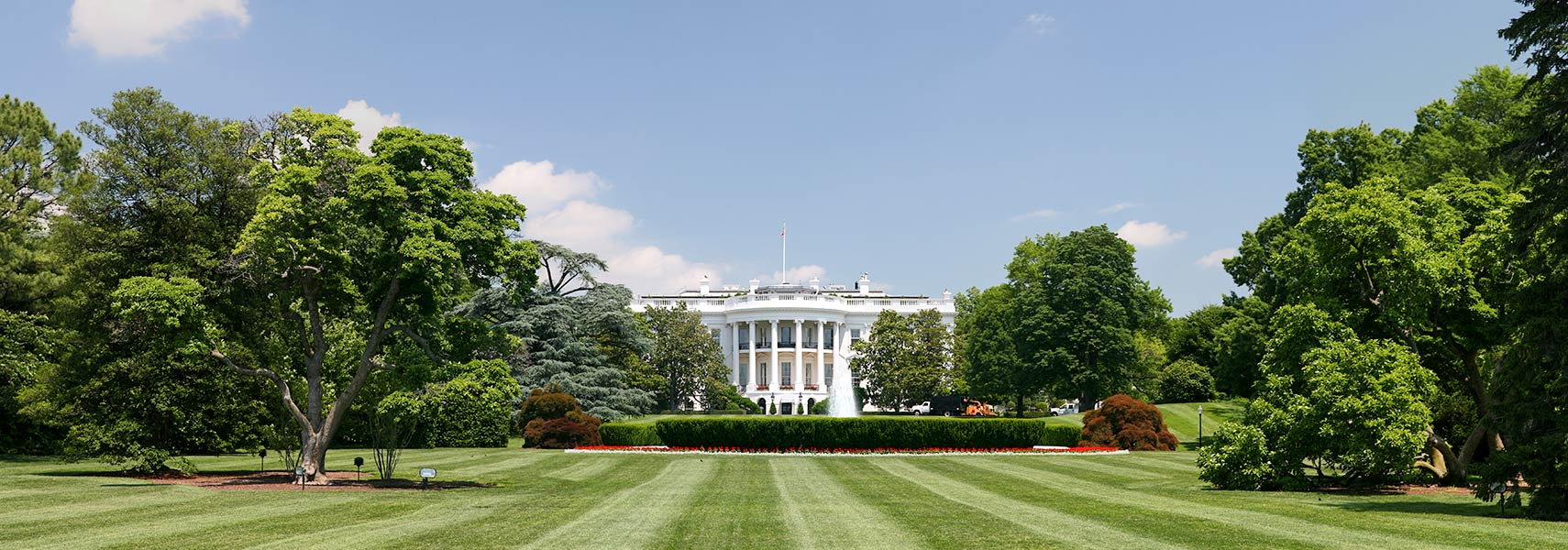 The White House, southern facade and lawn