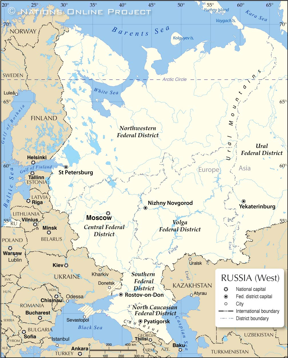 map of western russia with the location of the five federal districts