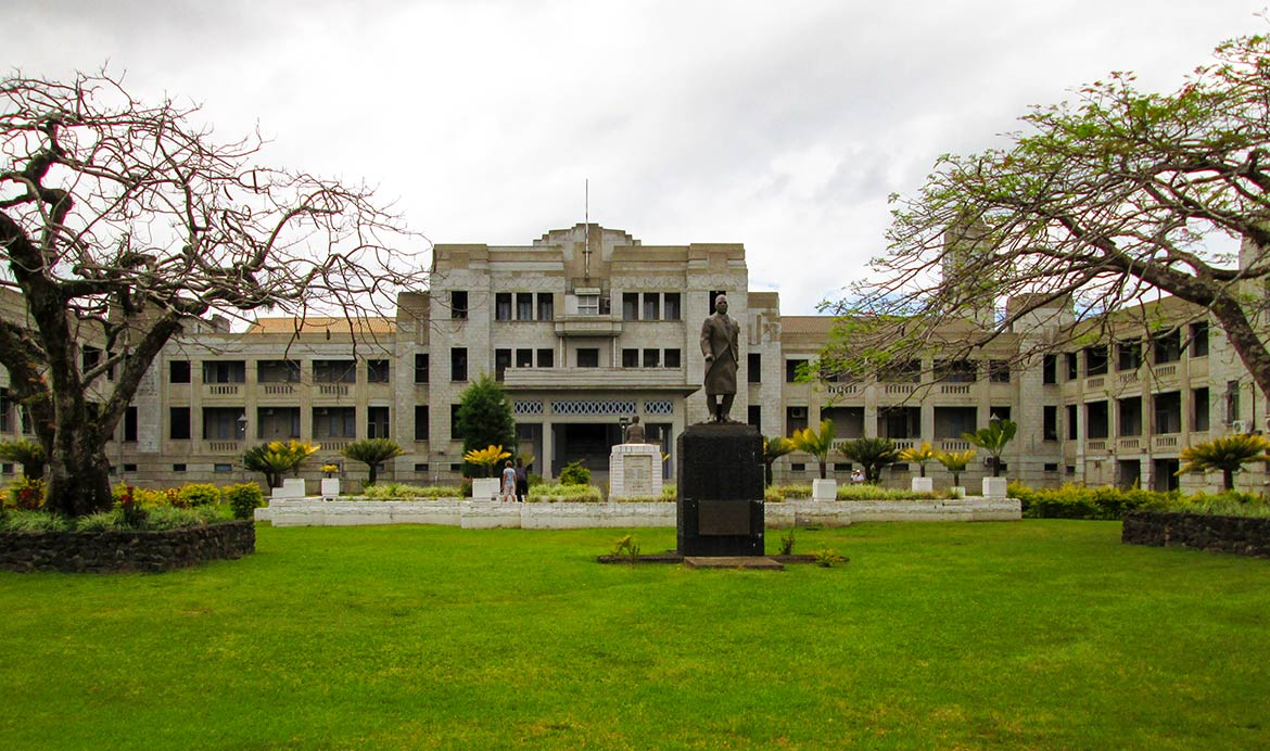 ' ' from the web at 'http://www.nationsonline.org/oneworld/../gallery/Fiji/Government-buildings-Suva-Fiji.jpg'